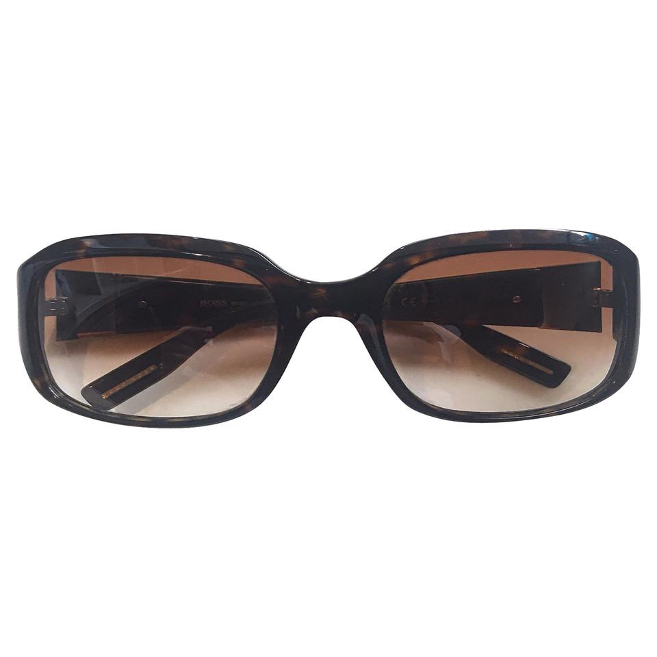 Hugo Boss Brown sunglasses