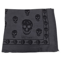Alexander McQueen Cloth with skull and crossbones motif