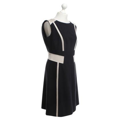 Laurèl Sheath Dress in Blue
