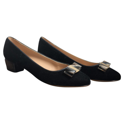 Salvatore Ferragamo Ballerinas with bow