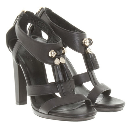 Gucci Leather sandals in black