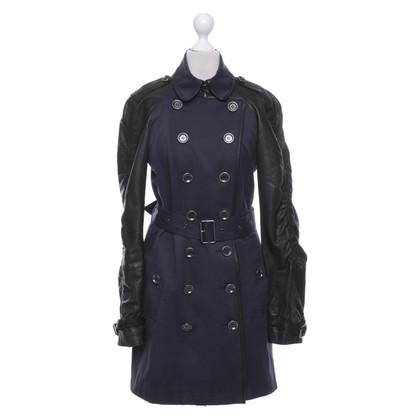 Burberry Coat in dark blue / black