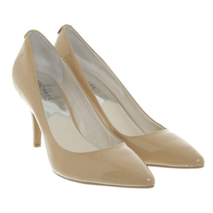 Michael Kors Classiche in vernice pumps