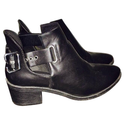 H&M (designers collection for H&M) Schwarze Stiefel