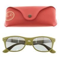 Ray Ban Sunglasses in green