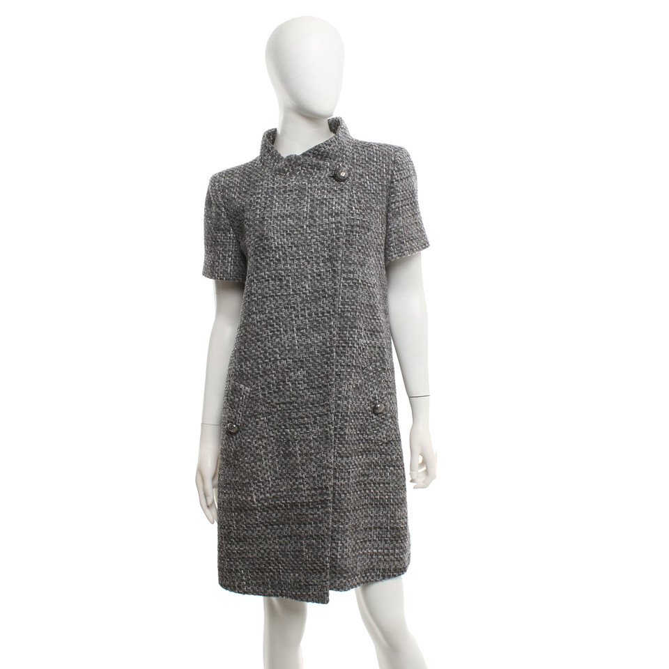 Chanel Short-sleeved coat in grey