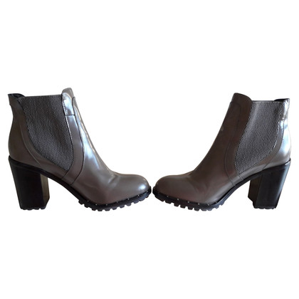 Max & Co Boots in Grau