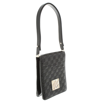Louis Vuitton Handbag with leather handle