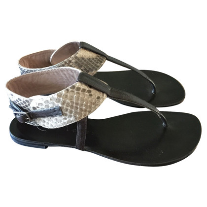 Pura Lopez sandali