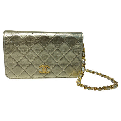 Chanel Borsa flap color oro