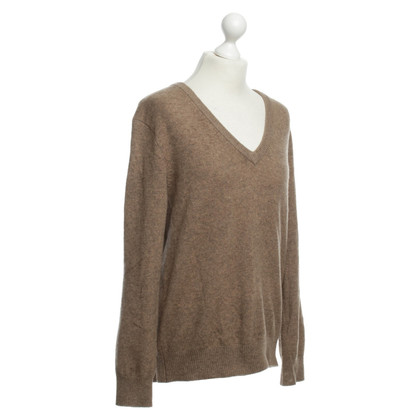 Ganni Pullover in marrone