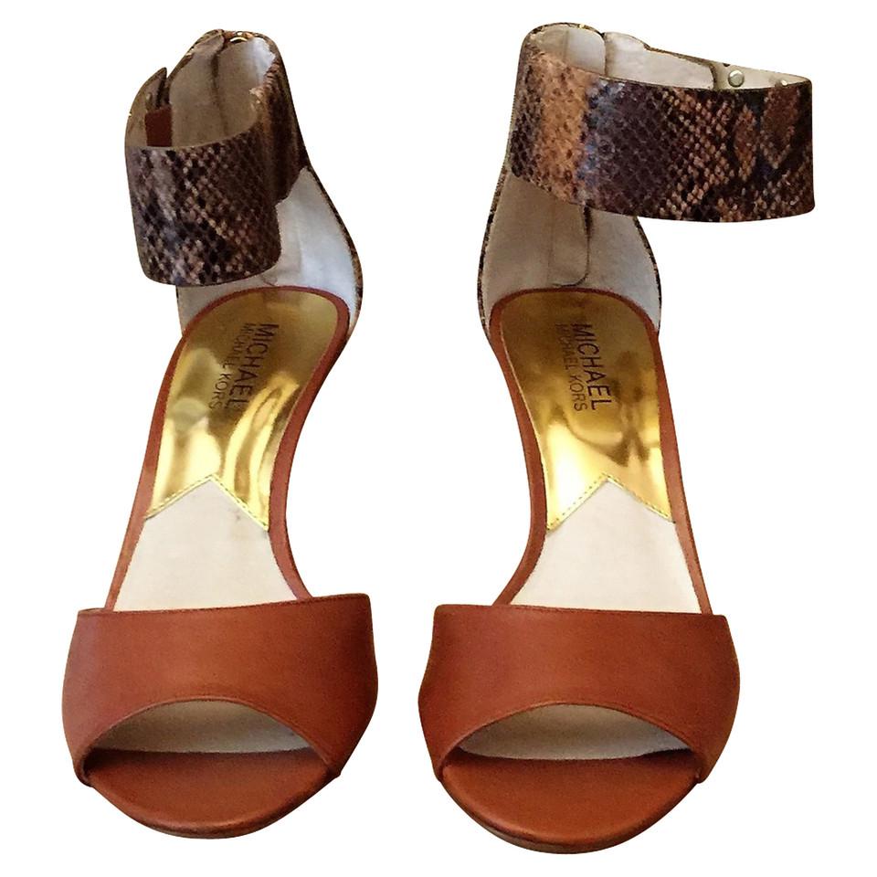michael kors sandaletten second hand michael kors sandaletten gebraucht kaufen f r 70 00. Black Bedroom Furniture Sets. Home Design Ideas