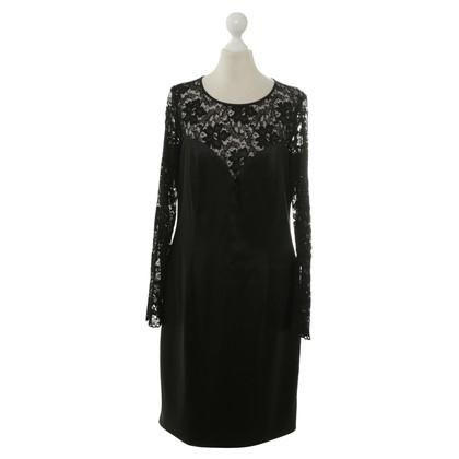 Piu & Piu Vestito di nero
