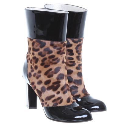 Dolce & Gabbana Stiefel aus Lackleder und Fell
