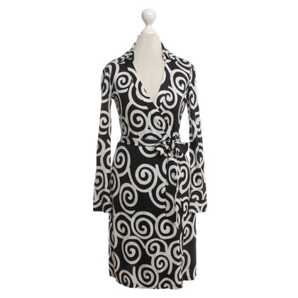 Diane von Furstenberg Silk dress in black / white