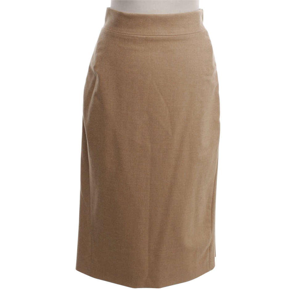 Escada skirt in maxi length