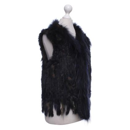 Oakwood Vest made of fur