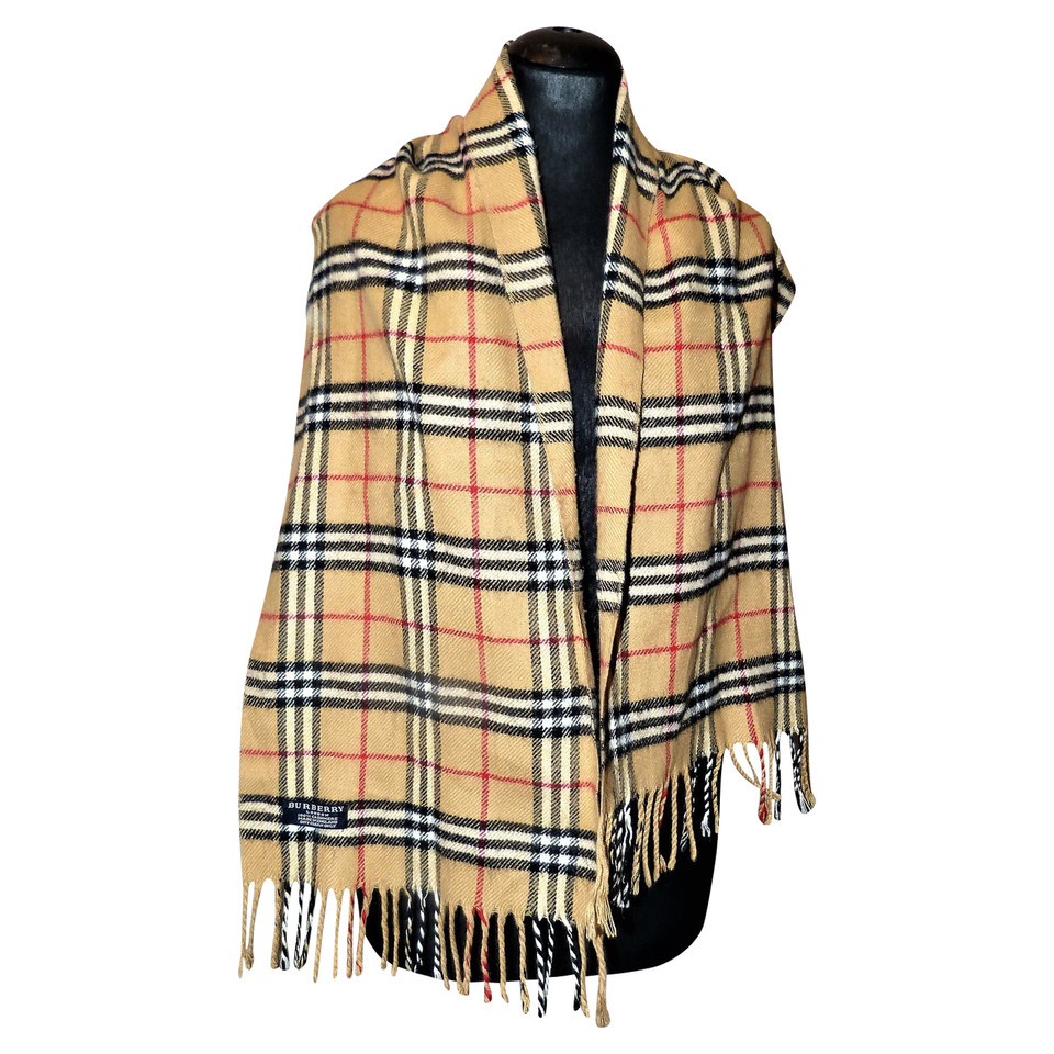 burberry scarf buy second hand burberry scarf for. Black Bedroom Furniture Sets. Home Design Ideas