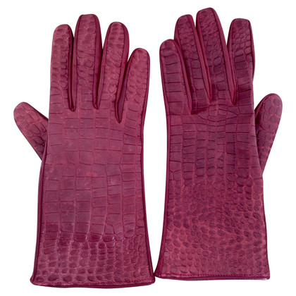 Burberry Embossed leather gloves