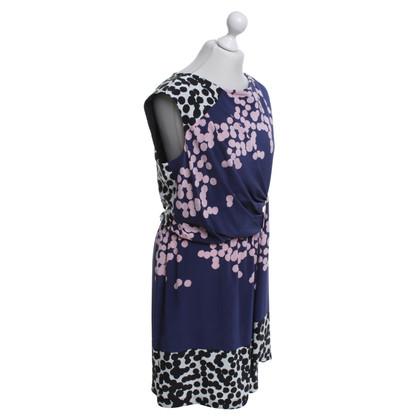 Diane von Furstenberg Kleid in Lila mit Muster