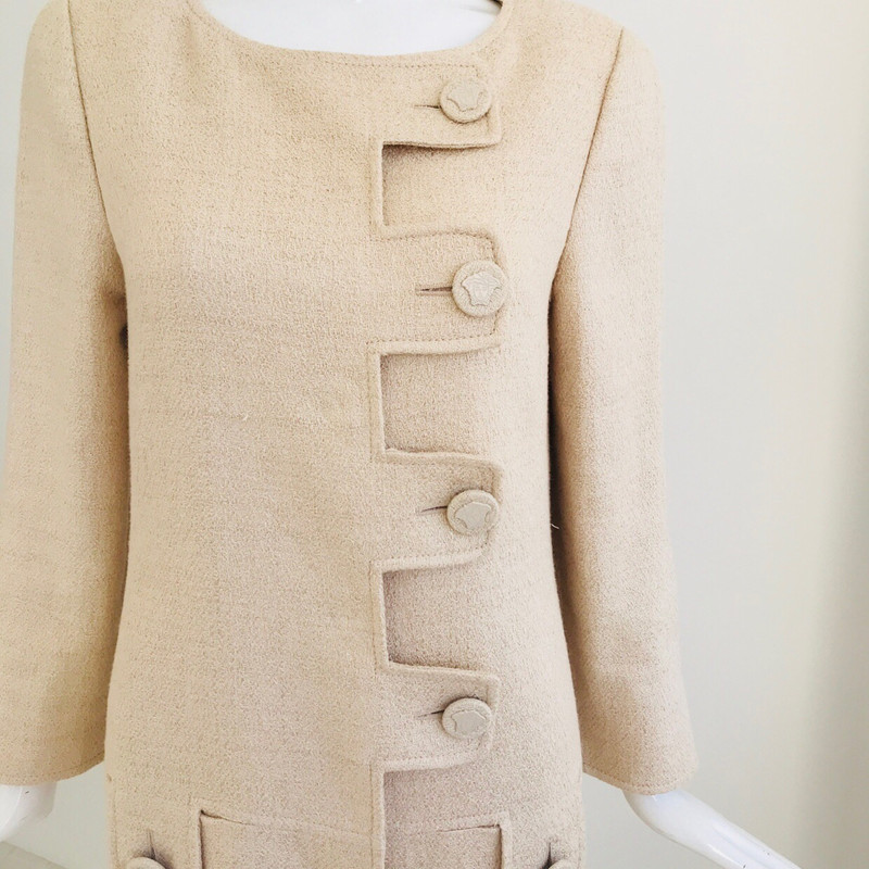Versace mantel