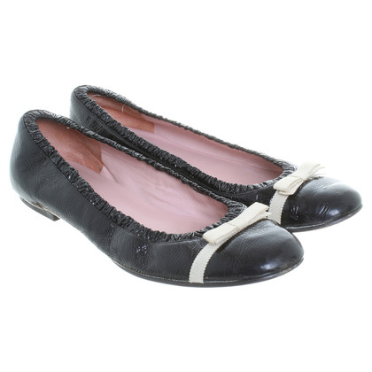 Marc Jacobs Lackballerinas in Schwarz