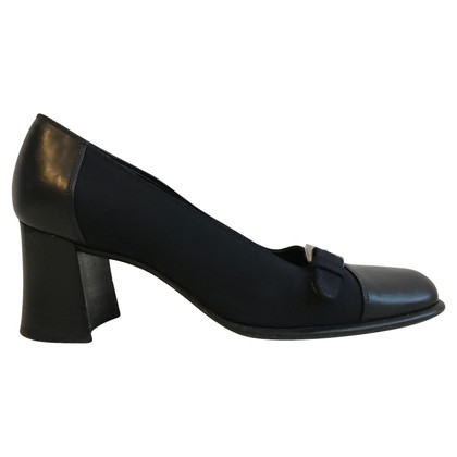 Prada pumps leather 37