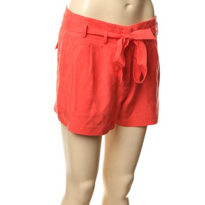 BCBG Max Azria Shorts in Rot