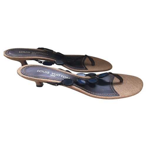 57322e81714 Louis Vuitton Flip Flops - Second Hand Louis Vuitton Flip Flops buy ...