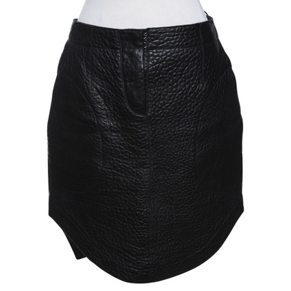 Carven Leather skirt in black