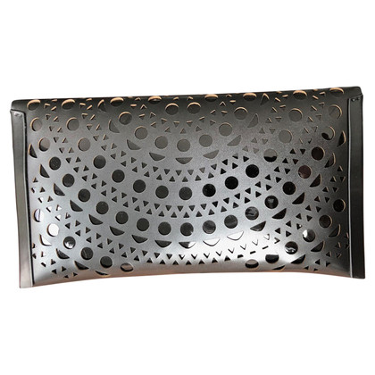 Alaïa clutch in nero