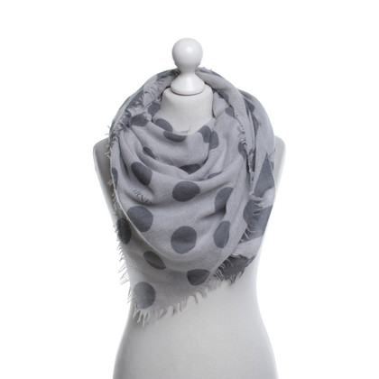 Iris von Arnim Doek in Gray