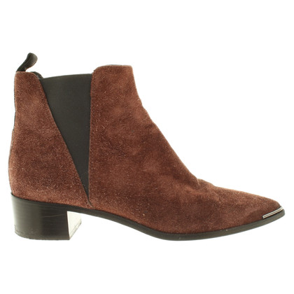 Acne Boots in Bruin