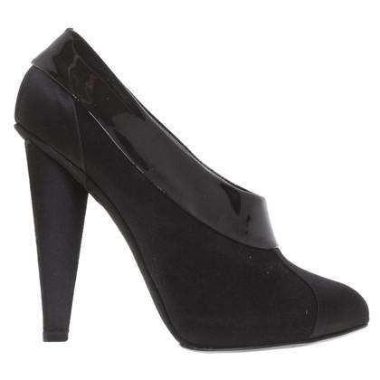 Dolce & Gabbana Closed pumps in black