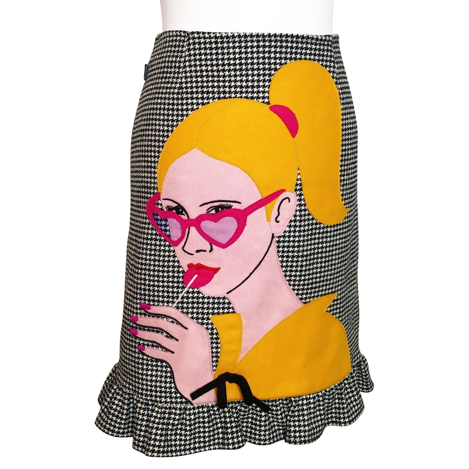 moschino skirt with pop art motif buy second hand. Black Bedroom Furniture Sets. Home Design Ideas