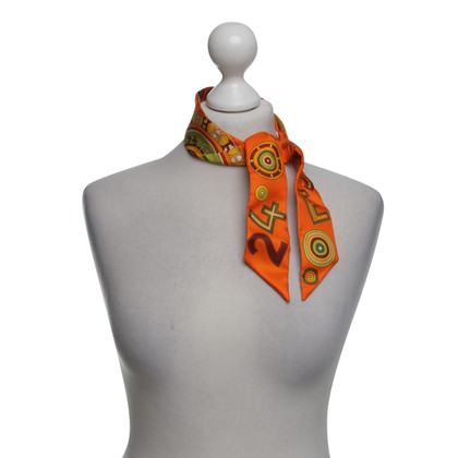 Hermès Silk willy with pattern