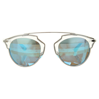 "Christian Dior ""So real"" in blauwgrijze zonnebril"