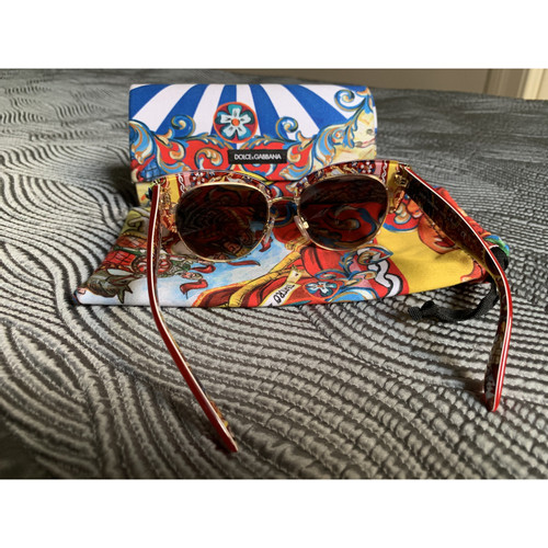 df091ce9289a Dolce   Gabbana Sunglasses in Red - Second Hand Dolce   Gabbana ...