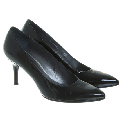 Stuart Weitzman Patent leather pumps in black
