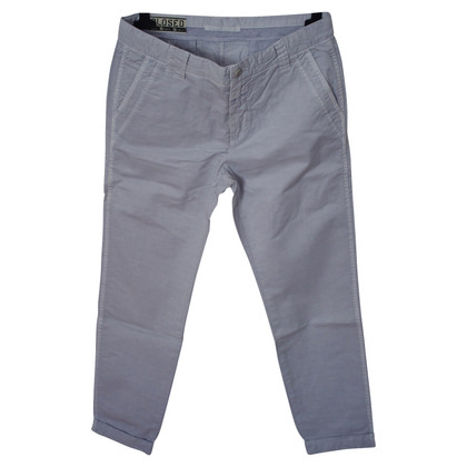 Closed Chino Jill