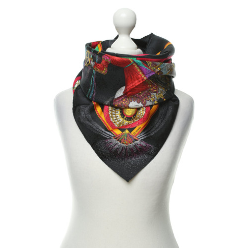 42d38a6cc96a0 Hermès Silk scarf - Second Hand Hermès Silk scarf buy used for 234 ...