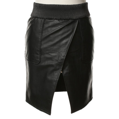 Karl Lagerfeld skirt in leather