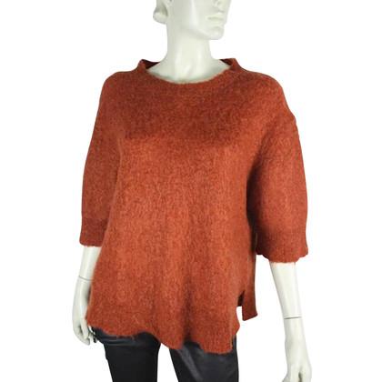 By Malene Birger Maglione lavorato a maglia marrone