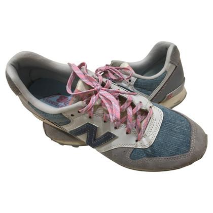 New Balance Sneakers met materiaalmix