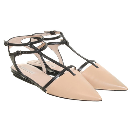 Pura Lopez Sandals in nude/black