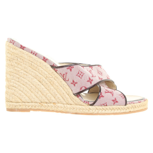 4832fa0e0d Louis Vuitton Sandals with wedge heel - Second Hand Louis Vuitton ...