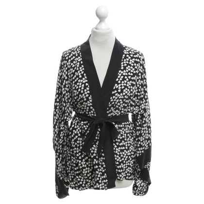 Equipment Kimono Blouse in zwart / White