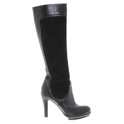 Armani Stiefel in Schwarz
