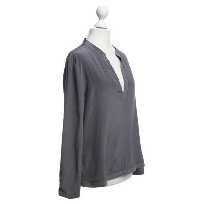 Style Butler Seidenbluse in Grau