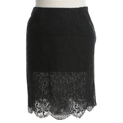 Valentino skirt made of lace
